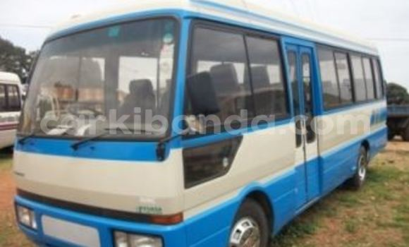 Buy Mitsubishi Carisma Blue Car in Arua in Uganda