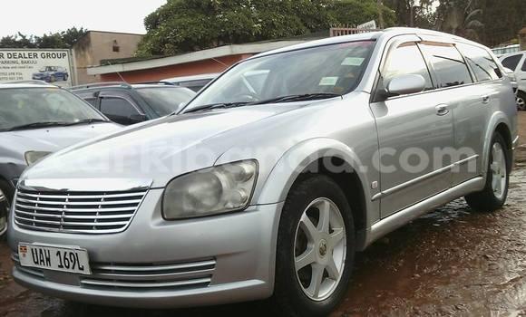 Buy Nissan Serena Silver Car in Arua in Uganda