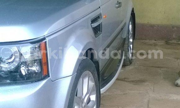 Buy Land Rover Range Rover Silver Car in Kampala in Uganda