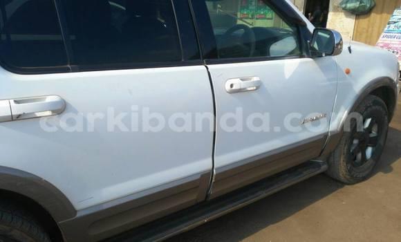 Buy Ford Explorer White Car in Kampala in Uganda