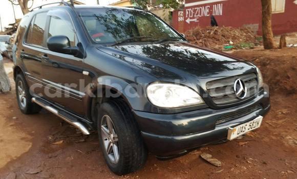 Buy Mercedes Benz ML-Class Black Car in Kampala in Uganda