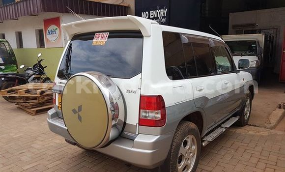Buy Mitsubishi Pajero White Car in Kampala in Uganda