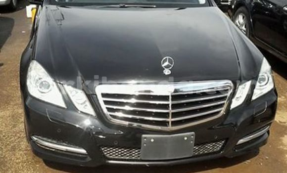 Buy Mercedes Benz E-Class Black Car in Kampala in Uganda