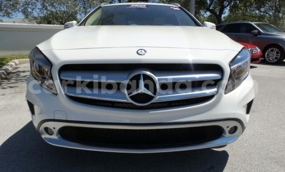 Buy Mercedes Benz 250 White Car in Kampala in Uganda