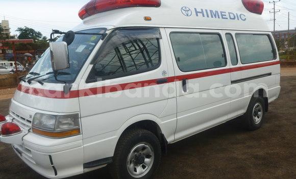 Buy Toyota HiAce White Truck in Kampala in Uganda